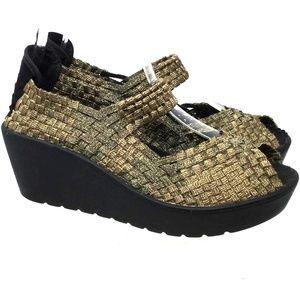 Steven By Steve Madden Women's Shoes Sz Us 6 Gold